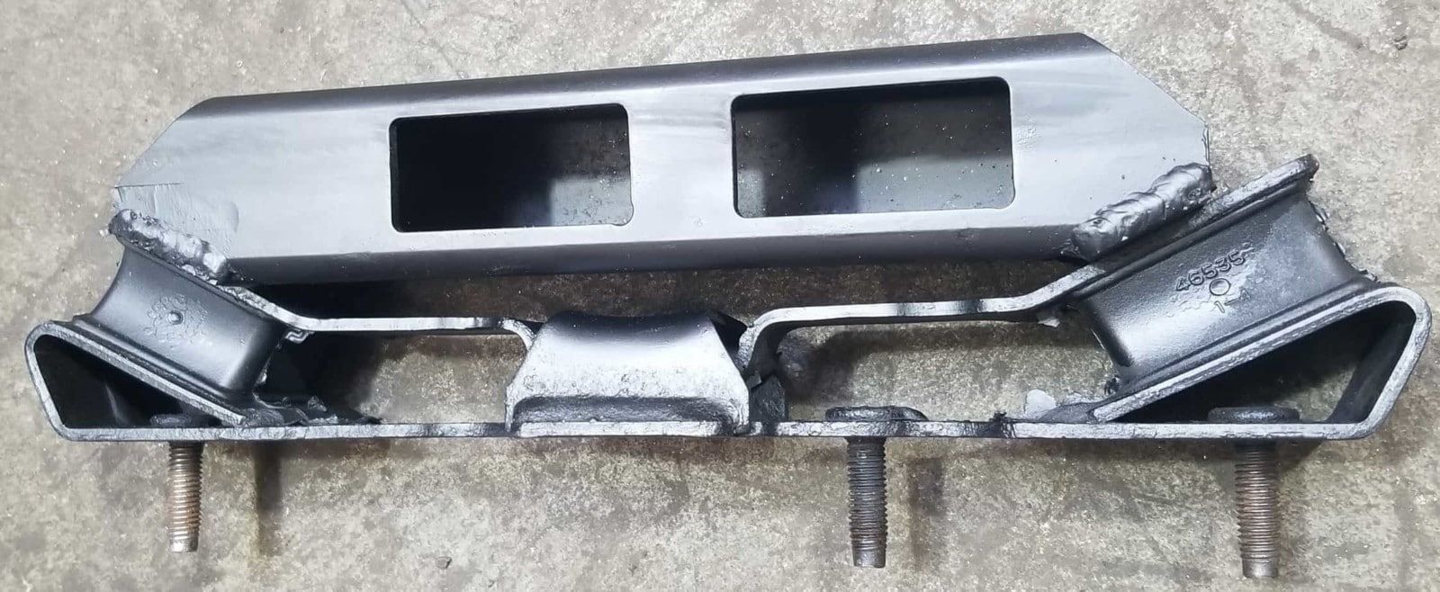 TR4050 Transmission support bracket for Jeep JK